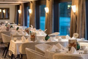 MS Amadeus Diamond Restaurant Fensterplatz